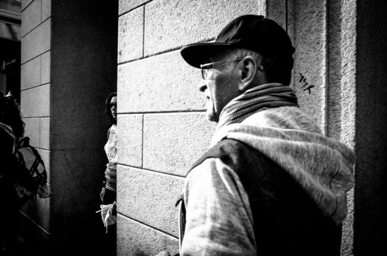 R0010044 755x500 - WALKING ON THE STREET - Street photography - fotostreet.it